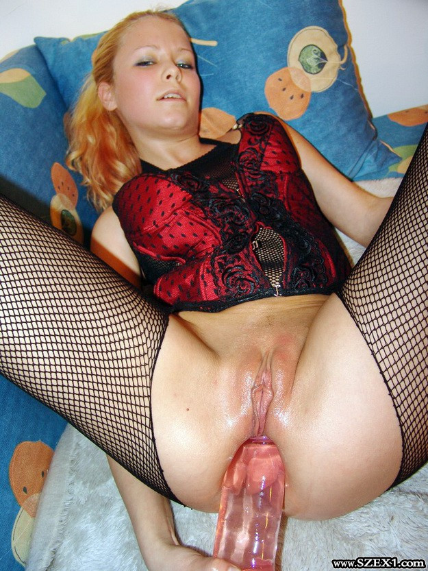 pallai-edit-kitty-dildoval-analszex